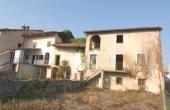 CGL001, Huis te koop aan de rand van het dorp met privétuin