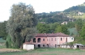 BBB002, Cascina con 4 ha di terreno