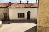 MBR023, Antica casa di paese con terrazzo