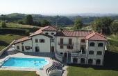 LGH001, Alle porte dell'alta langa prestigiosa villa in vendita con piscina e vista sull'arco alpino