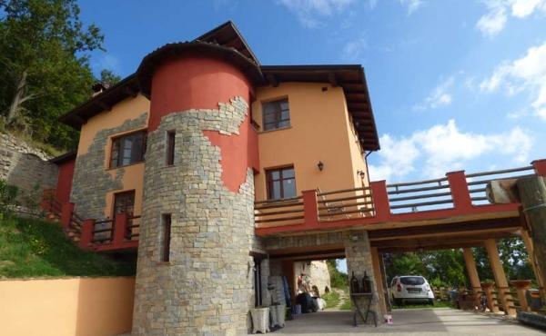 Villa panoramica Cortemilia giardino (64)