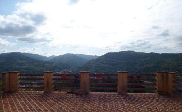 Villa panoramica Cortemilia giardino (74)