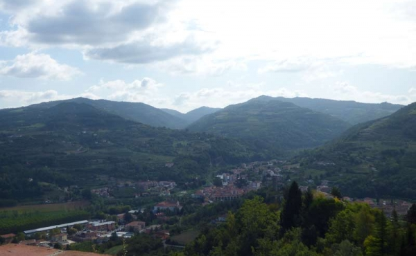 Villa panoramica Cortemilia giardino (79)