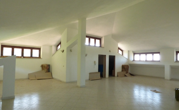 Casa con 2 appartamenti (36)