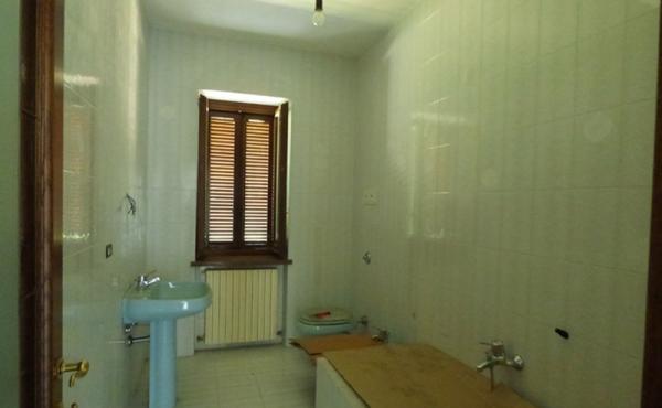 Casa con 2 appartamenti (9)