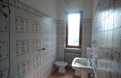 casa-in-vendita-Monchiero-(5)