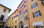 DGL090, Appartamento in palazzo storico